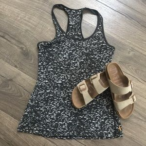 Lucy activewear tank ~ Size unknown